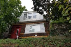 BACK ON MARKET REO – 2FAMILY – 418 BROAD AVE, RIDGEFIELD, NJ 07657 – $324,900