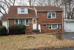UNDER CONTRACT – 223 FLANKLIN ST, NORTHVALE, NJ 07647 – $299,900