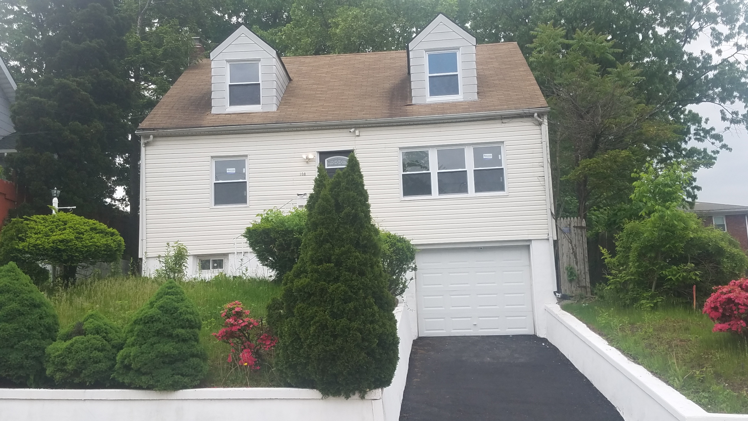 NEW REO – 2FAMILY – 108 SUNSET PL PALISADES PARK, NJ – $755,500