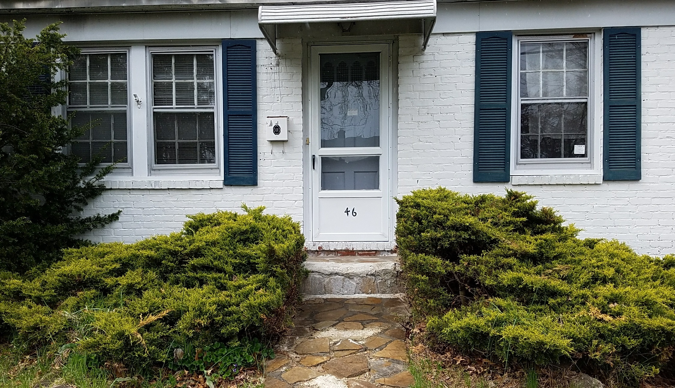 UNDERCONTRACT – 46 SHERWOOD RD. DUMONT, NJ 07628 – $249,900