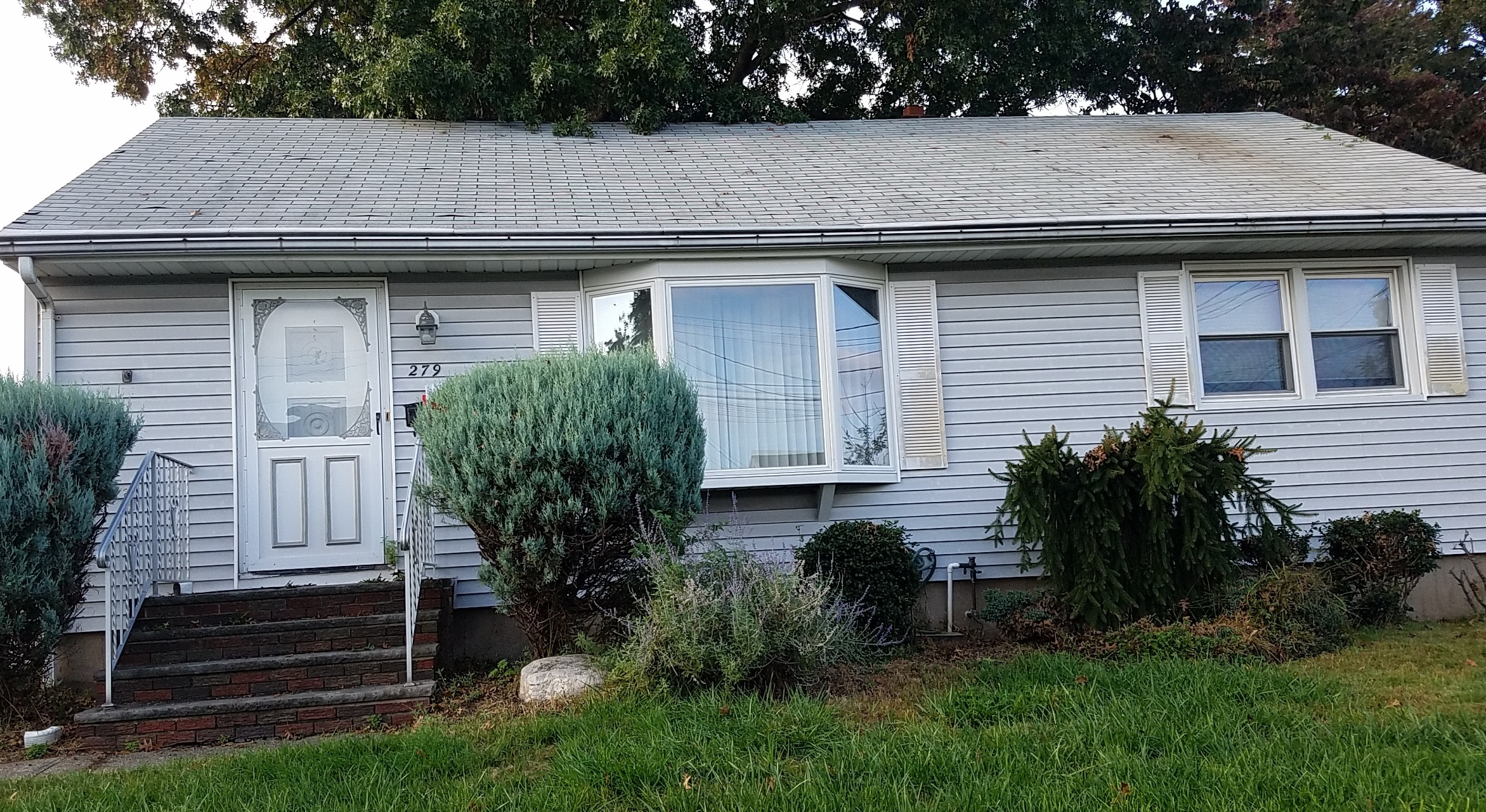 NEW REO (AUCTION) – 279 John Ochs Dr. Saddle Brook, NJ 07663 $314,000