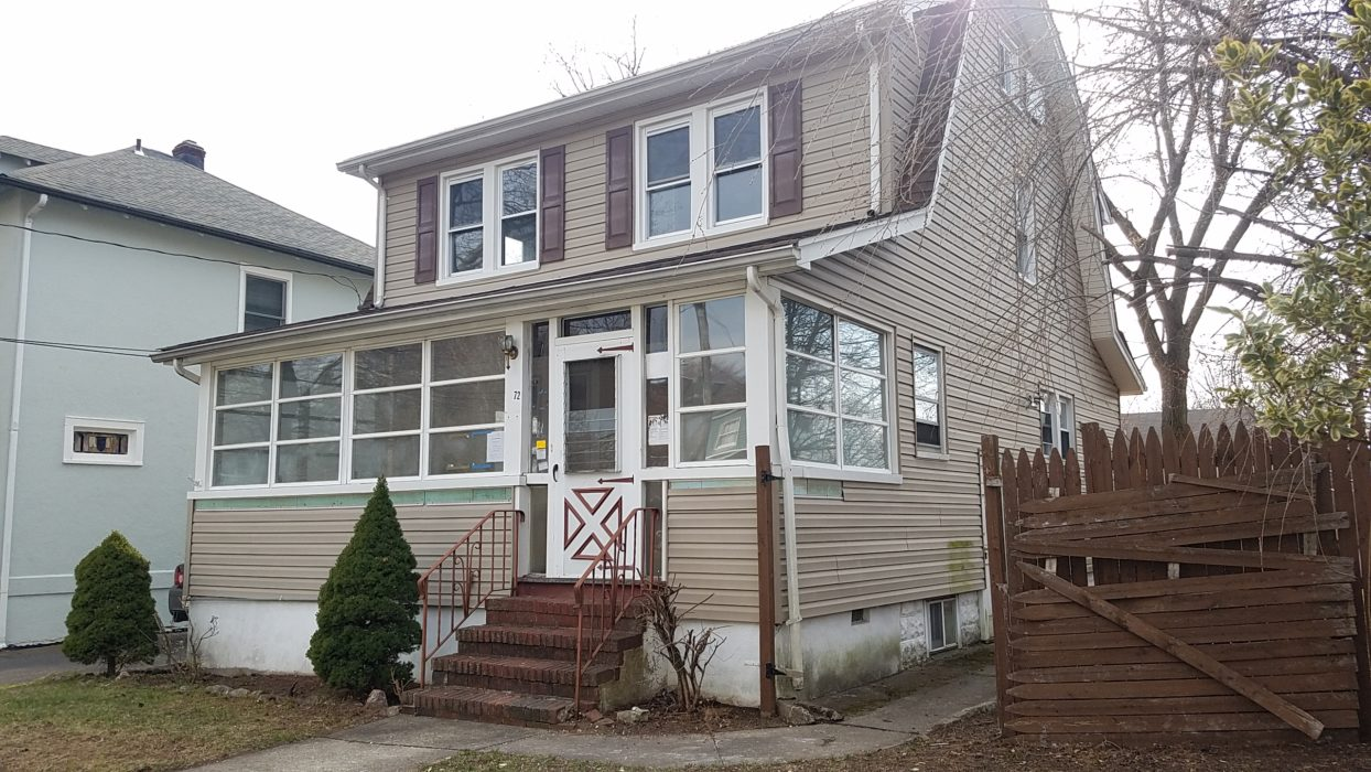 UNDER CONTRACT- 72 View St. Bergenfield, NJ 07621 $300,000