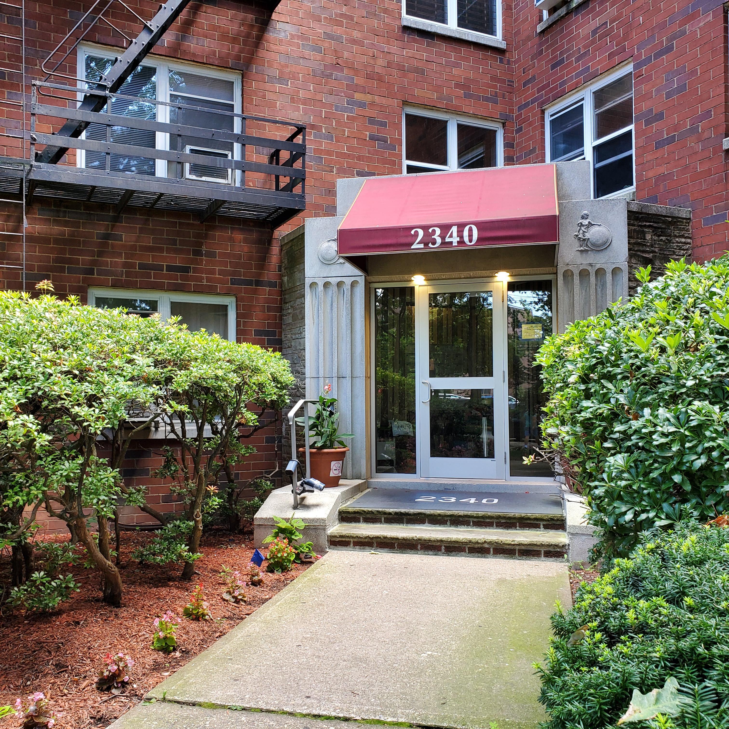 SOLD- 2340 Linwood Ave 5D Fort Lee, NJ 07024 $269,900