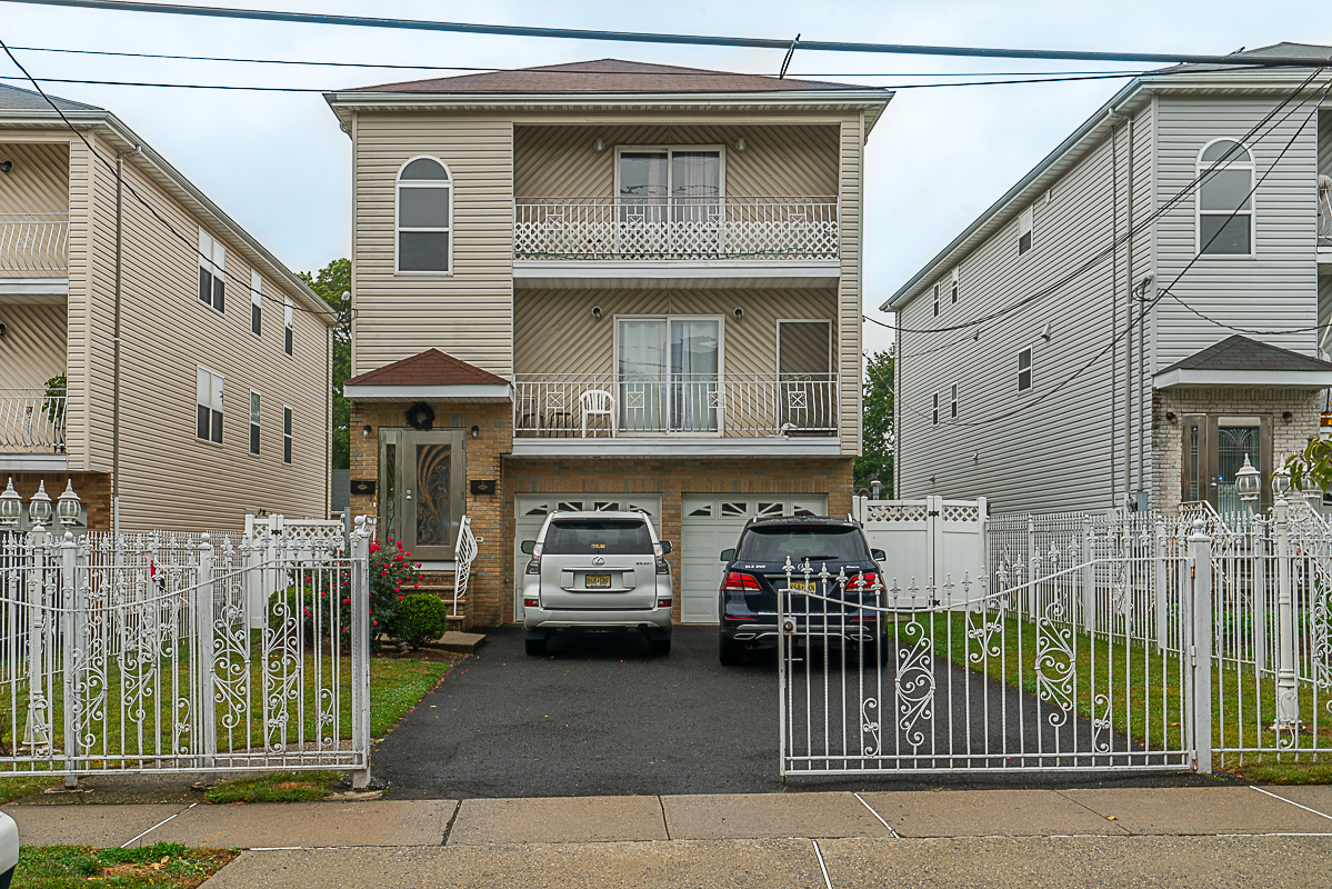 Rented- 990 DeHart Pl. Elizabeth City, NJ 07202 $2,200