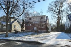UNDER CONTRACT-150 E COLFAX AVE, ROSELLE PARK, NJ 07204 $282,900