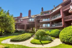 JUST REDUCED [ROC HARBOR CONDOMINIUM] 10 N COVE LN #B, NORTH BERGEN, NJ 07047 $464,900