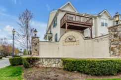 UNDER CONTRACT- 42 Devonshire Dr. Clifton, NJ 07013 $334,900