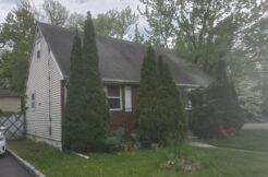 [AUCTION ENDS TODAY 7/7/21] 2 WILLOW ST. ELMWOOD PARK, NJ 07407 $319,900